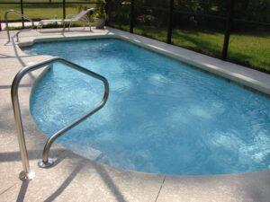 Choisissez la piscine dont la forme convient le mieux à votre espace